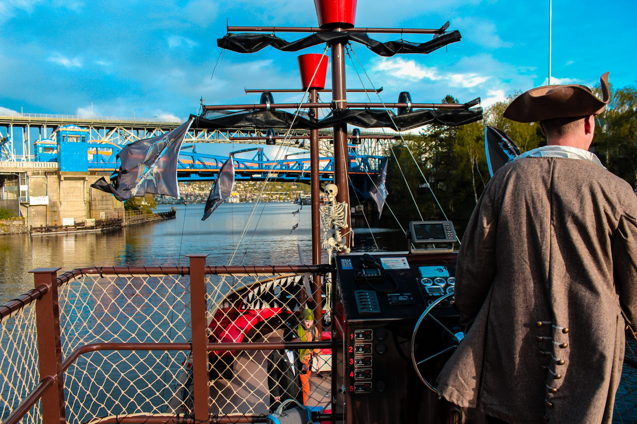 Emerald City Pirates on Lake Washington and Lake Union | Pirate Ship